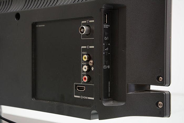 Tivi phải có cổng AV (Video) hoặc cổng HDMI