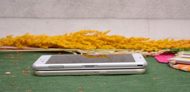So sánh Samsung Galaxy S6 và Sony Xperia Z3 - 5