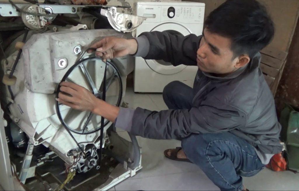 Máy giặt truyền động gián tiếp dễ dàng tìm kiếm linh kiện thay thế