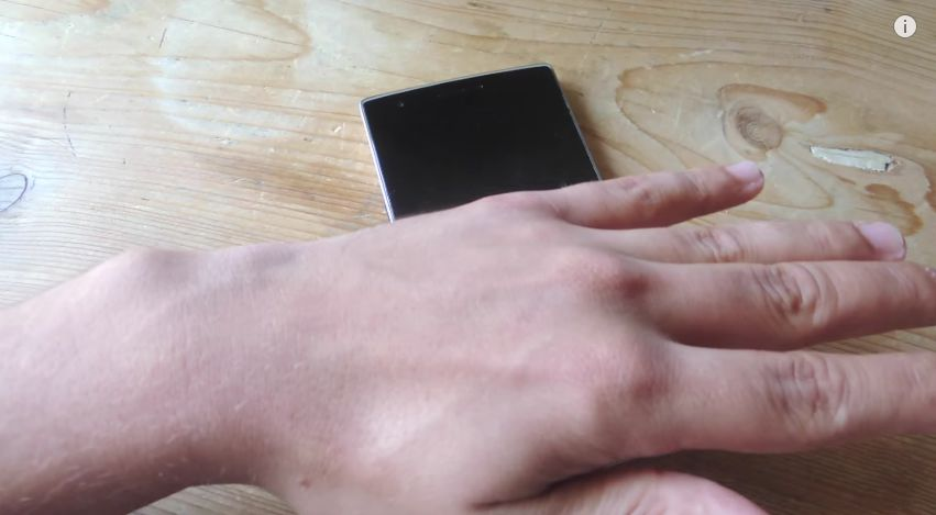 Cách tắt/mở màn hình bằng cử chỉ trên thiết bị Android