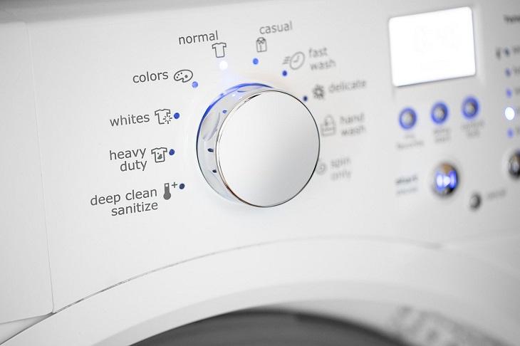 Máy giặt lồng ngang thường cho phép sử dụng nhiều chế độ giặt
