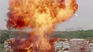 Thật không thể tin nổi, Honor 7 'ăn' nguyên quả bom vẫn sống phây phây