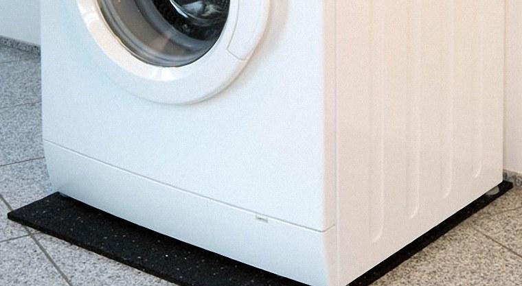 Đặt máy giặt ở nơi vứng chắc và cân bằng