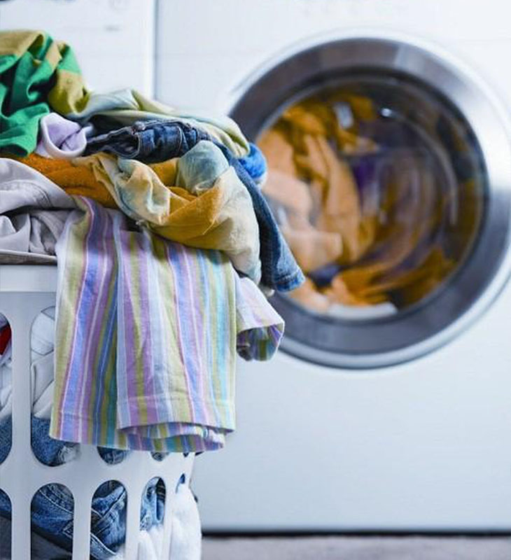 Chia nhỏ lượng quần áo cần giặt cho phù hợp với tải trọng của máy
