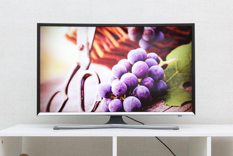 Các model smart tivi Samsung từ 2013 đến nay đều tích hợp sẵn wifi