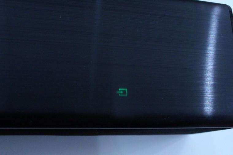 Đèn biểu tượng TV SOUND CONNECT màu xanh và dừng nhấp nháy