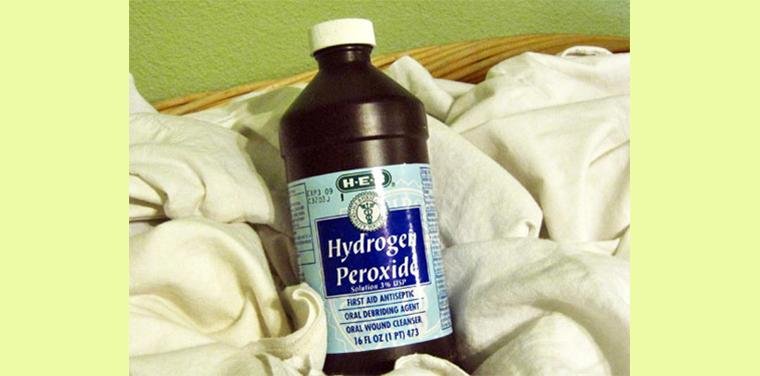 Oxy già cũng là một nguyên liệu rất hiệu quả trong việc tẩy vết ố