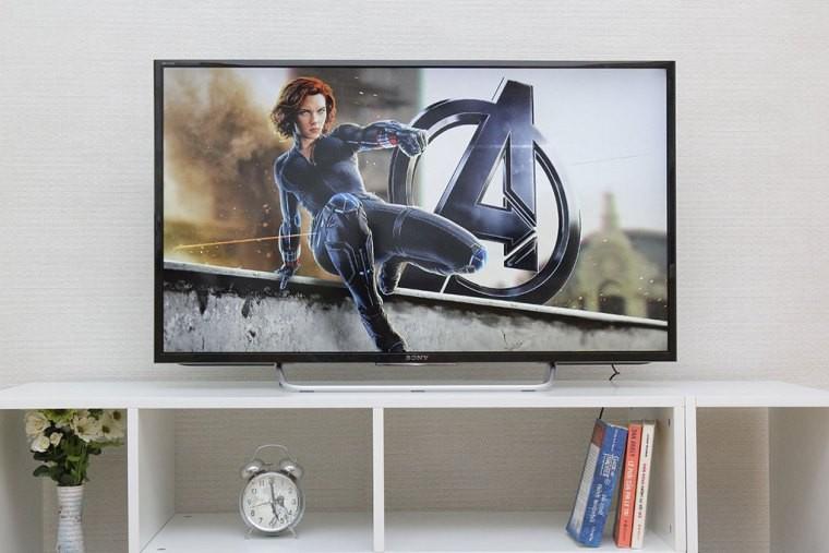 Tivi 40 inch có thiết kế ấn tượng