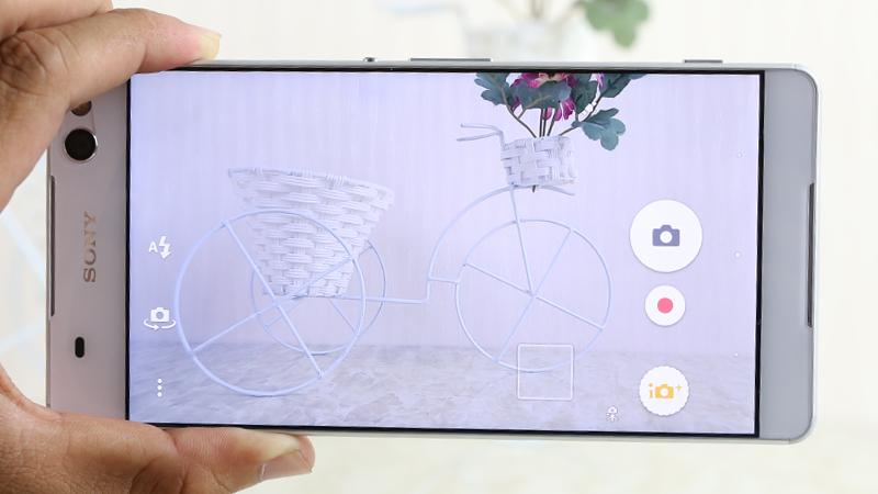 Giao diện camera Sony Xperia C5 Dual Ultra