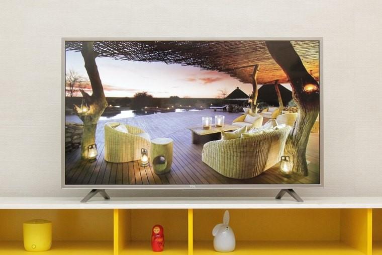 Tivi TCL hiển thị màu sắc rực rỡ, dễ thu hút người xem