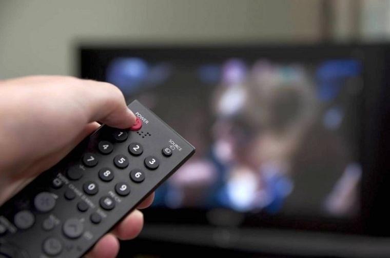 Tắt tivi vài phút rồi bật lên