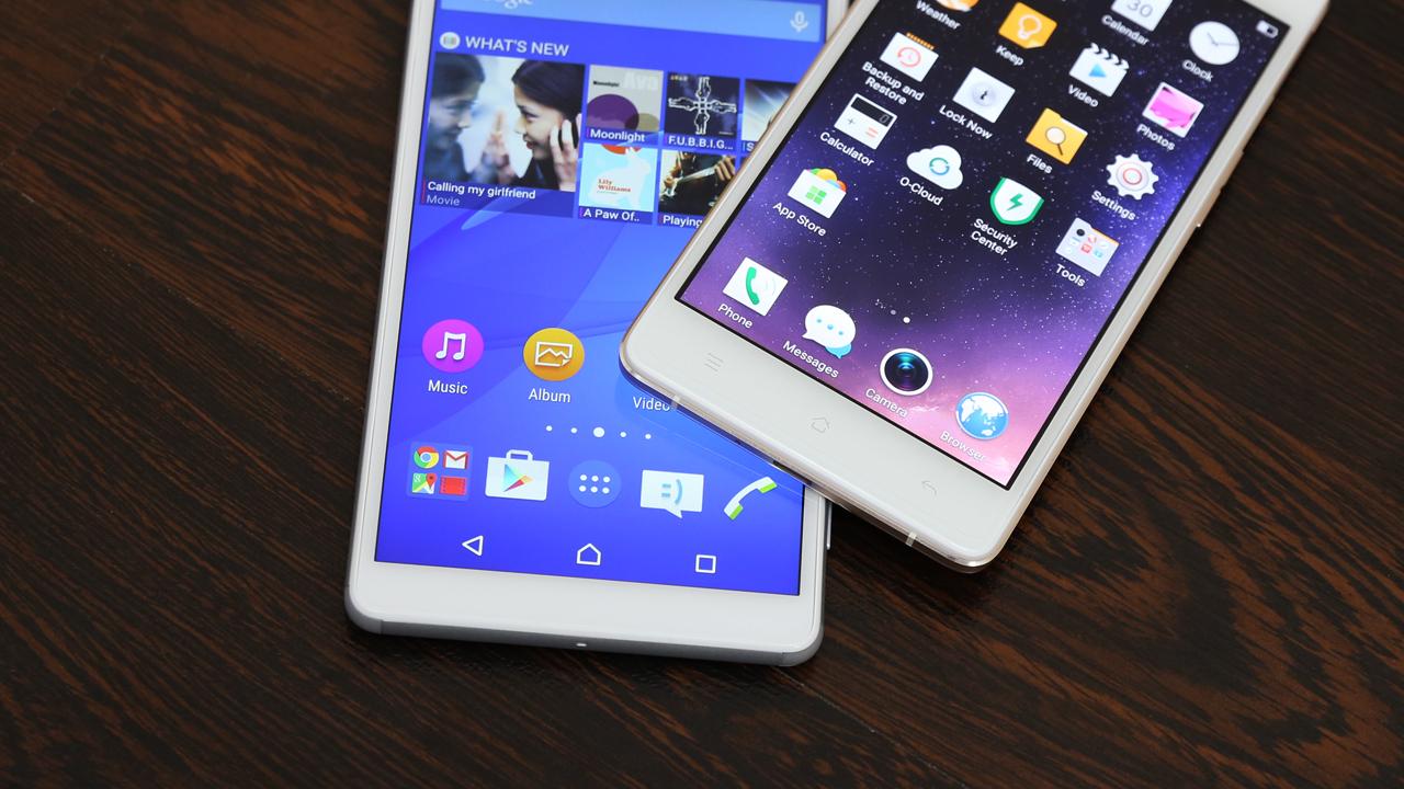 Mặt trước Oppo R7 Lite và Sony C4 Dual