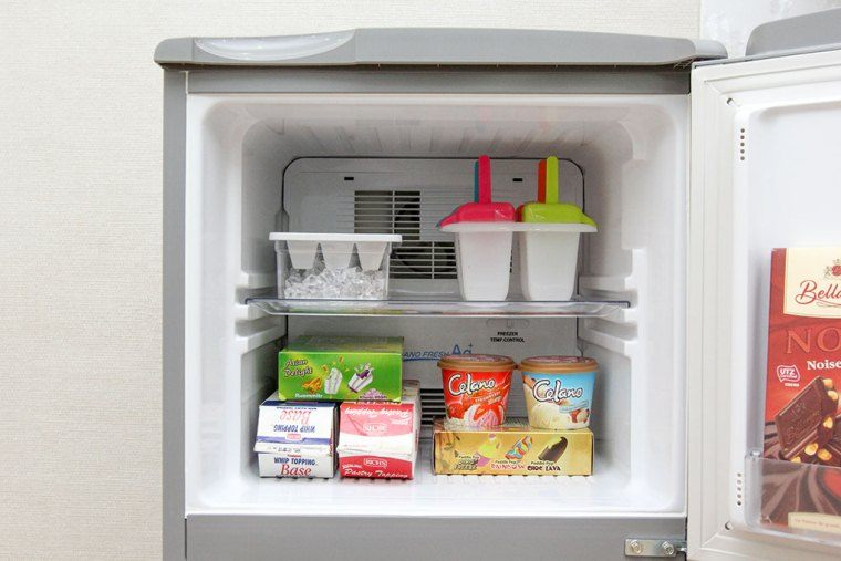 Rã đông tủ lạnh định kỳ để tiết kiệm năng lượng