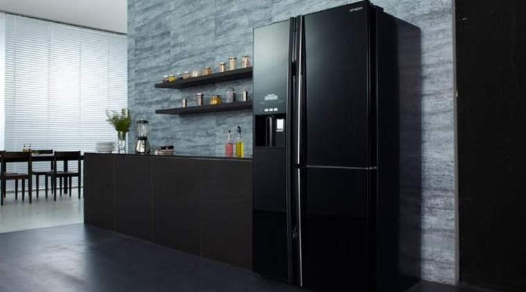 Bố trí tủ lạnh tránh xa thiết bị điện phát ra nhiệt và ánh sáng mặt trời