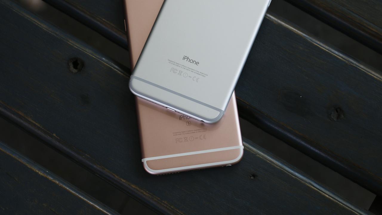 Mặt sau iPhone 6 Plus và iPhone 6s Plus
