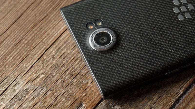 Blackberry PRIV: Smartphone Android bảo mật hàng đầu thế giới