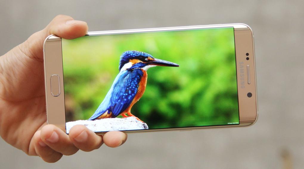 Samsung Galaxy S6 Edge Plus dùng màn hình Super AMOLED