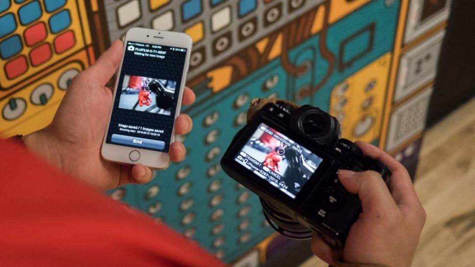 Camera smartphone đang giết chết máy ảnh chuyên nghiệp (DSLR)?