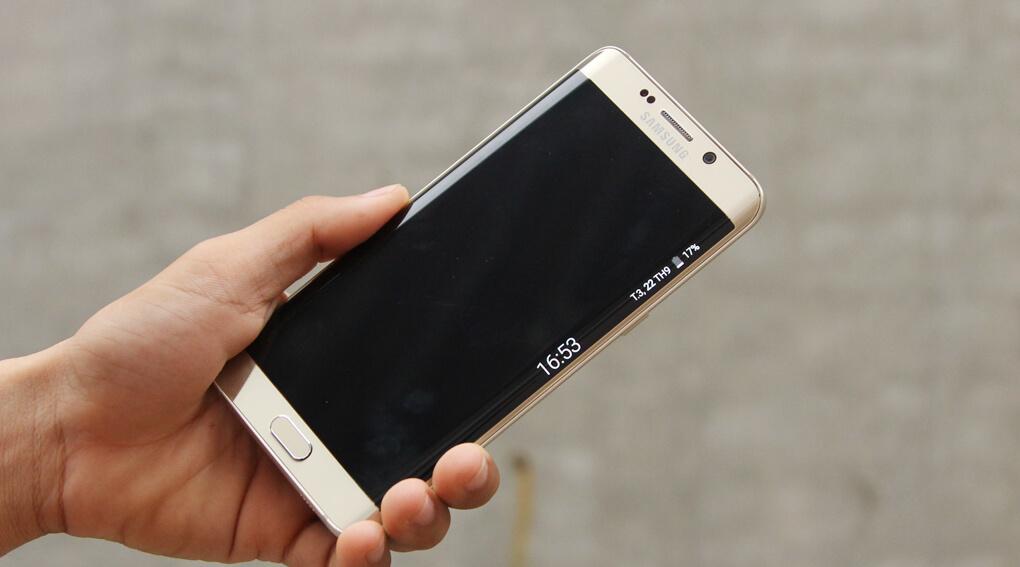 Samsung Galaxy S6 Edge Plus không hỗ trợ thẻ nhớ microSD