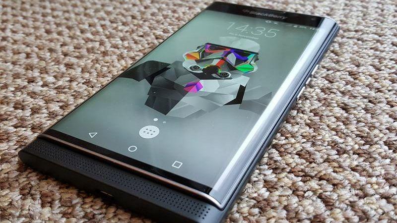 BlackBerry Priv sử dụng màn hình 2K AMOLED hiển thị đep