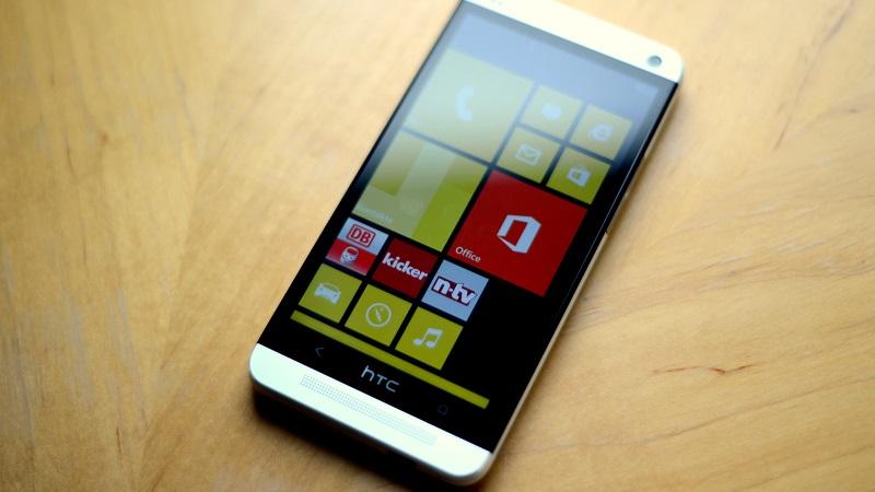 HTC chuẩn bị tung smartphone mới chạy Windows 10 Mobile