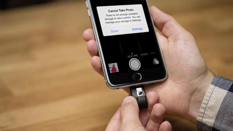 Với smartphone có bộ nhớ trong hạn chế, bạn sẽ sử dụng ra sao?