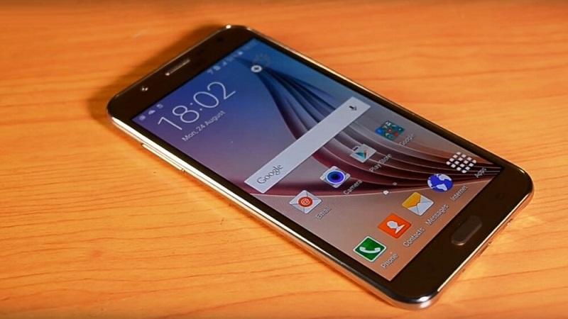 Đến lượt Galaxy J7 2016 xuất hiện với khung vỏ bằng kim loại
