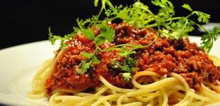 Cách làm mỳ ý sốt cà chua bò bằm ngon đúng chuẩn