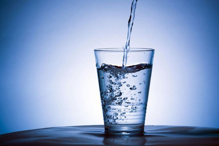 Bình đun siêu tốc kém chất lượng ảnh hưởng tới nguồn nước sử dụng