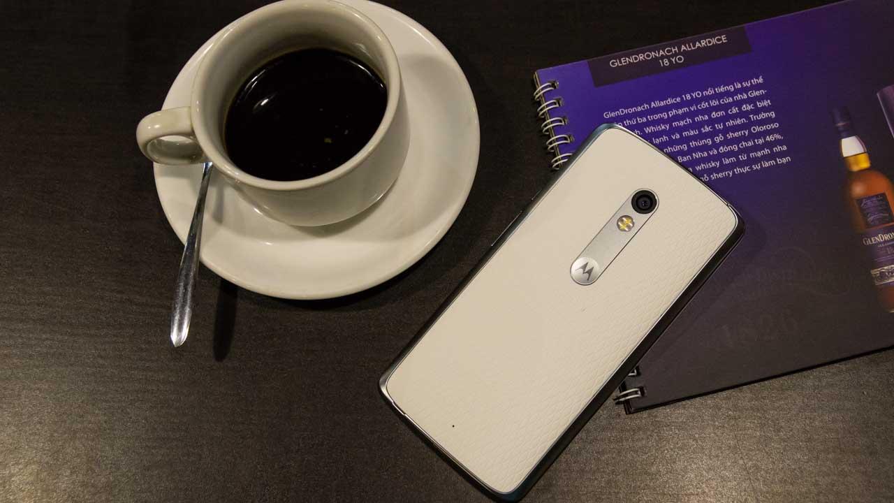 Smartphone tầm trung với camera 21 MP, pin hơn 3.600 mAh giảm giá