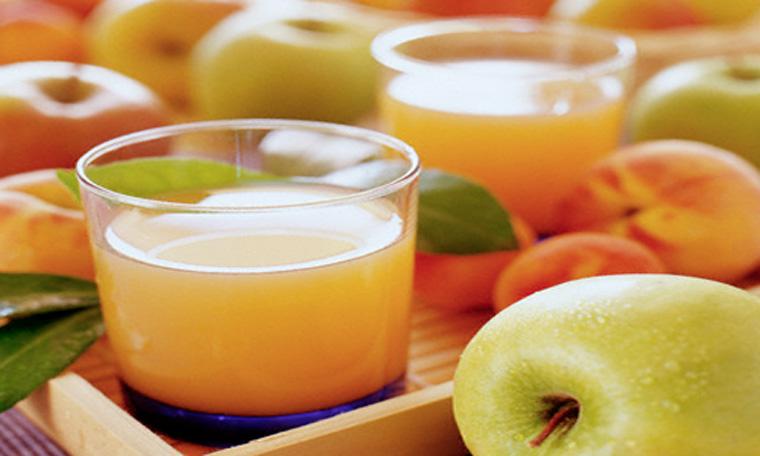 Cách làm nước ép táo bằng máy xay sinh tố - 5