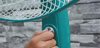 Mẹo tiết kiệm điện khi dùng quạt trong mùa nóng