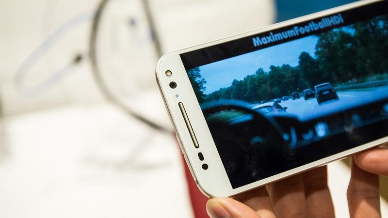 Moto X Style camera 21 MP, màn hình 2K tiếp tục hạ giá sốc, khuyến mãi lớn
