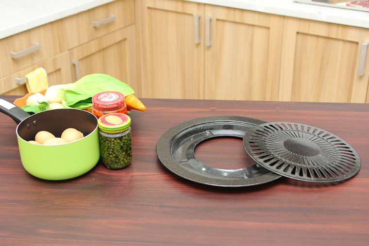 Vỉ nướng có đĩa nướng và khay hứng mỡ