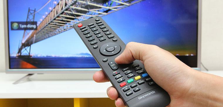 Cách cập nhật YouTube cho Smart tivi Skyworth