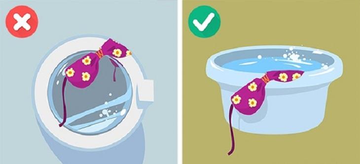 Quần áo bơi, bikini,… hoặc bất kì quần áo nào được làm từ pandex hoặc elastane thì không nên giặt bằng máy giặt