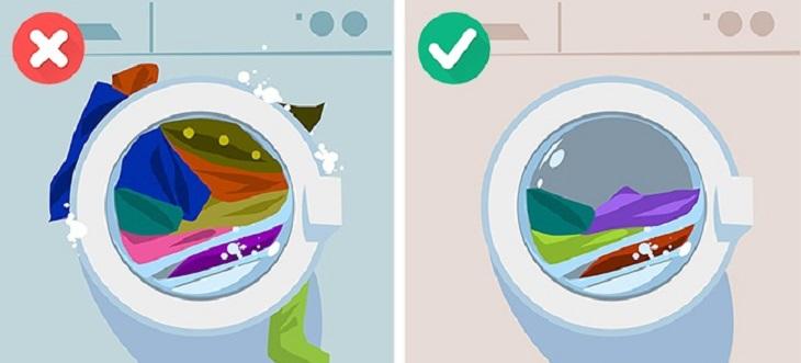 Nhiều gia đình muốn tăng sự tiện ích nên đã giặt quá nhiều quần áo cùng một chu kỳ giặt