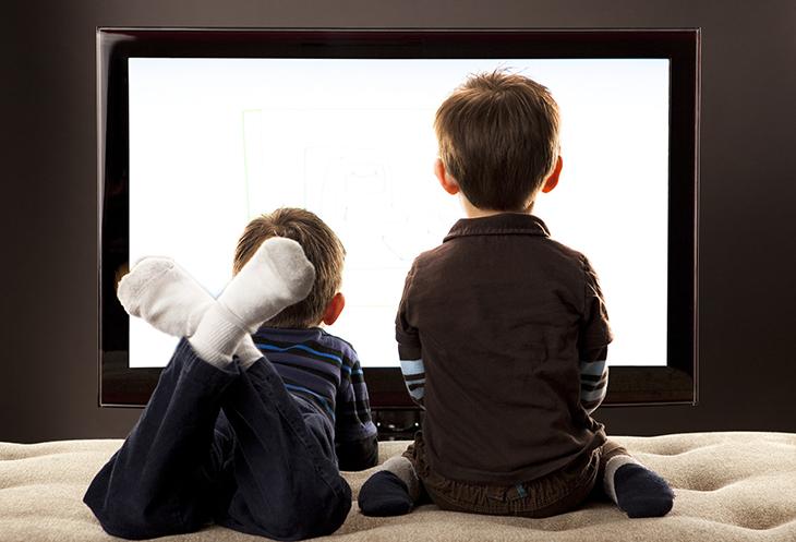 Khoá trẻ em sẽ giúp cha mẹ kiểm soát việc xem tivi của con nhỏ