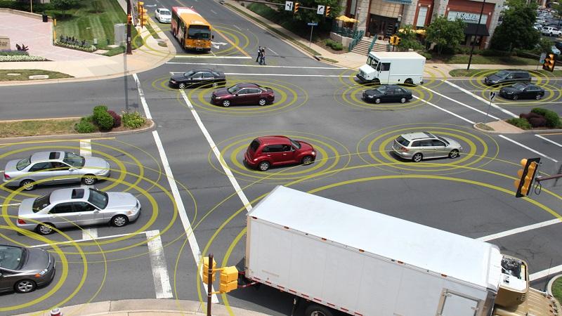 Dự tính tới năm 2020, sẽ có hơn 220 triệu xe kết nối lưu thông trên đường