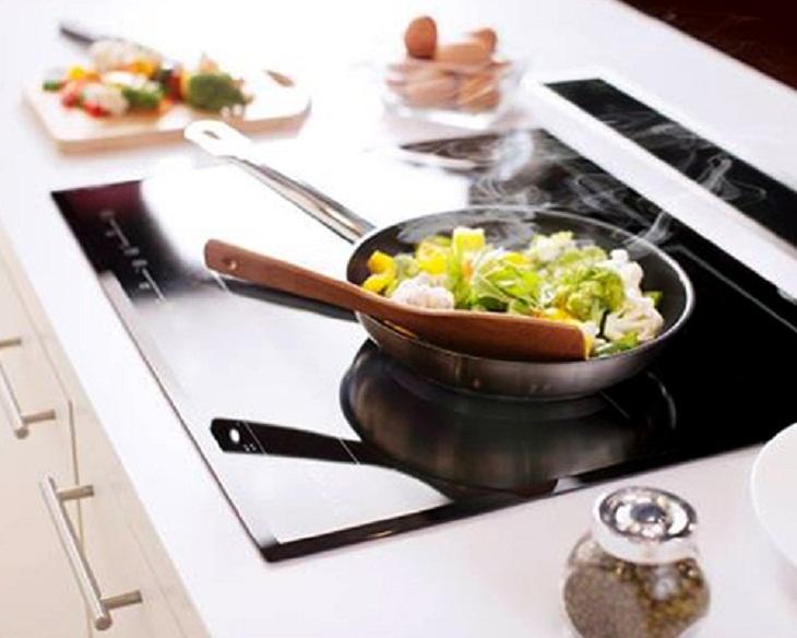 Nếu không xử lý được, bạn nên mang bếp đi bảo hành