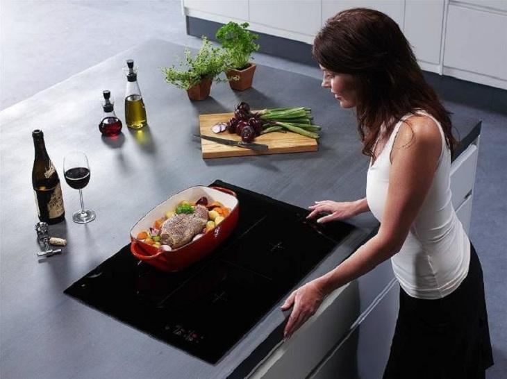 Bếp từ khi nấu không sinh khí CO2