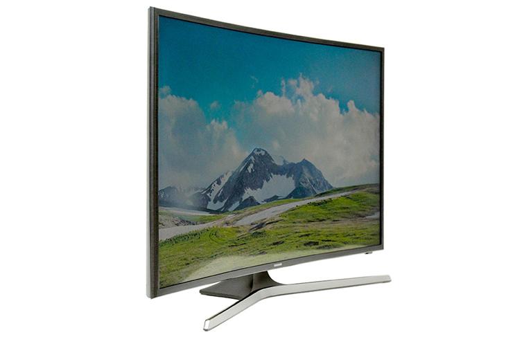 Samsung có thế mạnh tivi màn hình cong