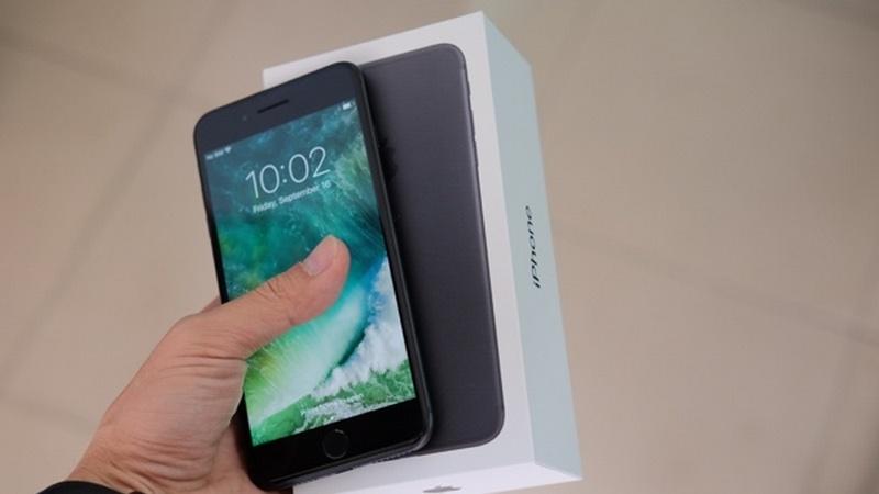 iPhone 7 Plus bản thương mại về VN với giá ngất ngưỡng