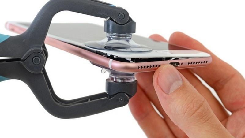 Muốn biết bên trong iPhone 7, 7 Plus có gì thì xem bài viết này