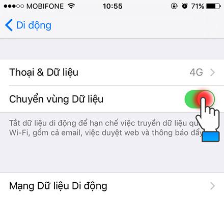 Tiếp theo bạn bật thêm cả Chuyển vùng dữ liệu lên và thử kết nối lại vào 3G.