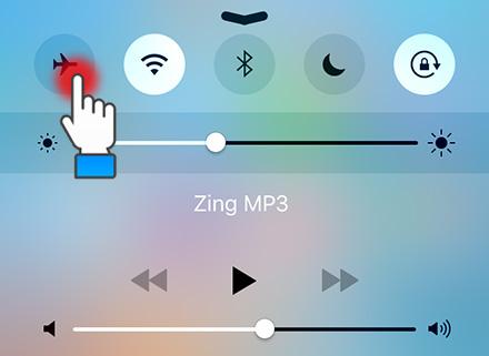 Bạn hãy bật chế độ máy bay lên, sau đó đợi vài giây rồi tắt chế độ máy bay đi cho sim reload lại và kiểm tra xem 3G có hiện lên hay không.