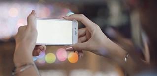 Chức năng Flash màn hình trên điện thoại là gì?