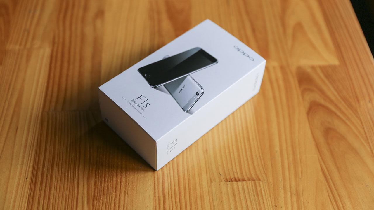 trên tay Oppo F1s grey
