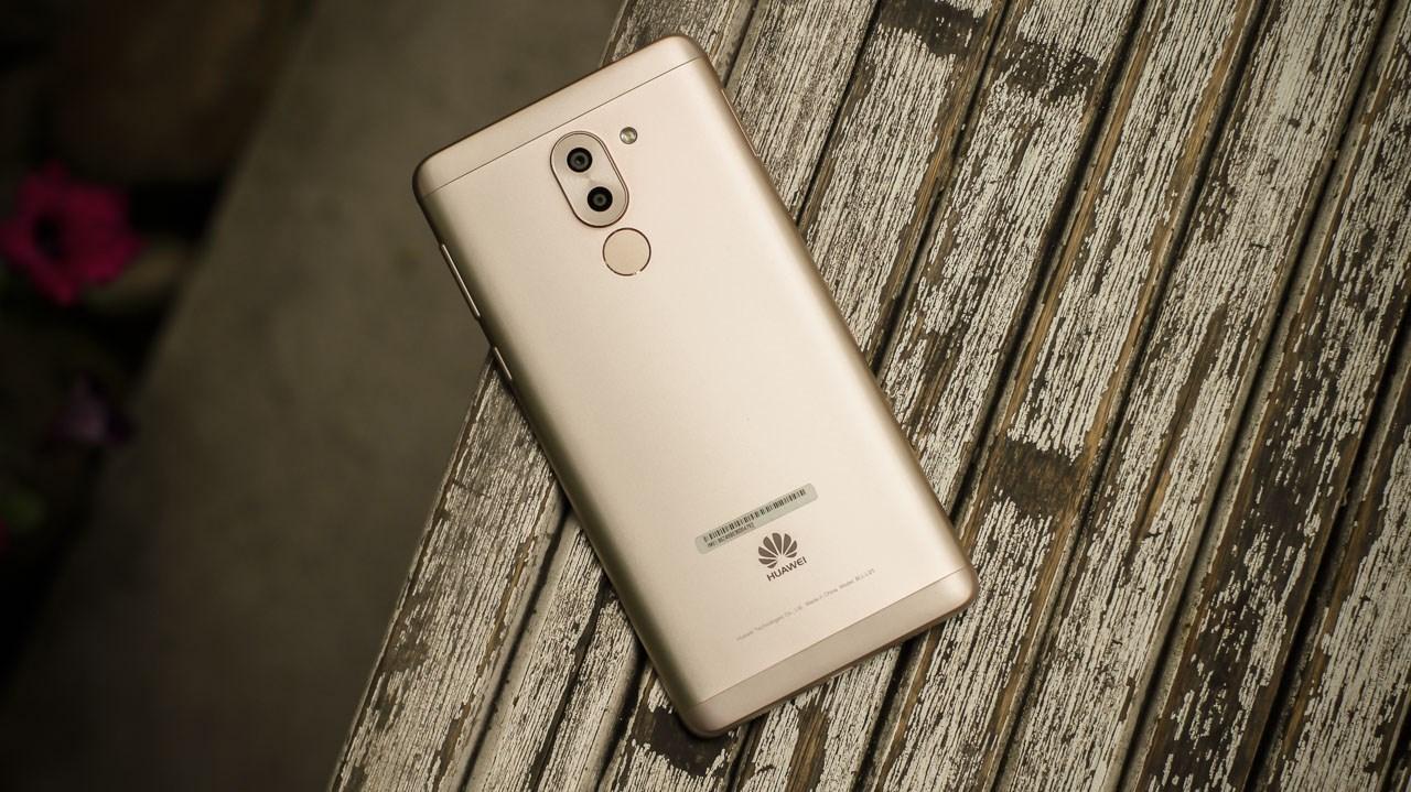Huawei GR5 2017 có cảm biến vân tay một chạm siêu nhạy, chip 8 nhân có xung nhịp lên tới 2GHz