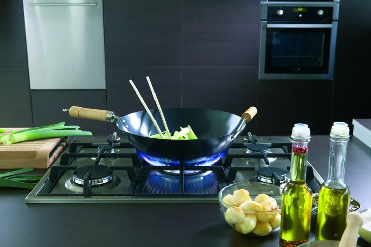 Bếp ga lại thích hợp nấu ăn đa dạng và cần đạt chuẩn ngon